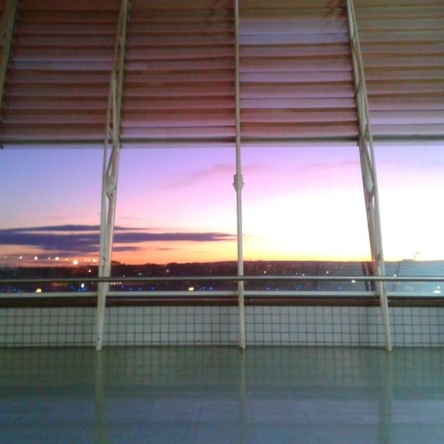 Amanhecer em Brasília - conexão longa!