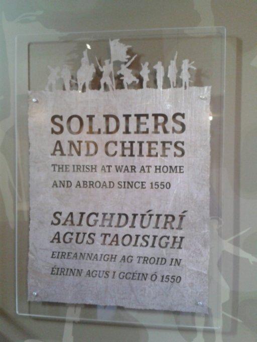 exposição soldados